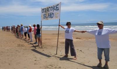 Hands Across the Sand on the Lifeguard Beach 2015. Photo by C. Leinbach