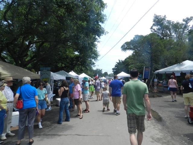 Artisans and food vendors line School Road. Photo: C. Leinbach