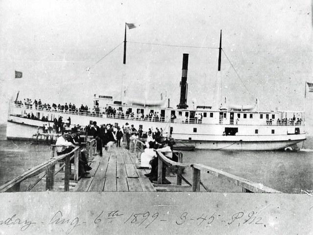 HT SS Ocracoke at pier Ocracoke Hotel 1899. Courtesy of Village Craftsmen