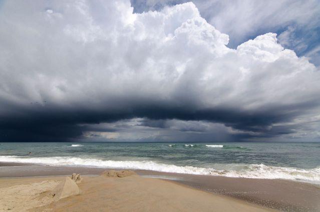 waterspout photo